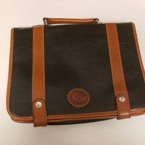 Vintage Dooney and Bourke messenger bag